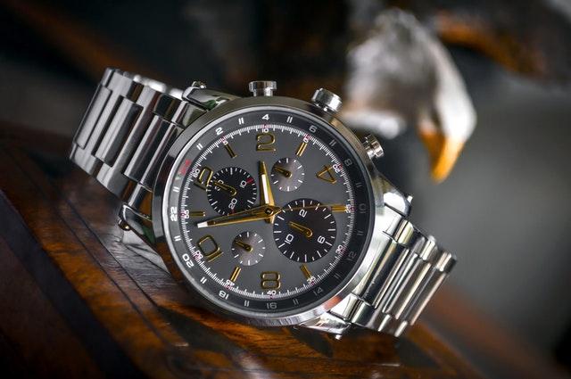 Hochwertige Uhr